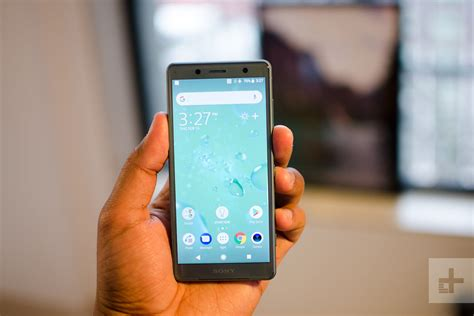 The Best of the Smallest Smartphones in the World