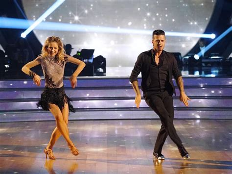 'Dancing with the Stars' premiere recap: Lindsey Stirling