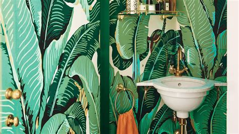 The Story Behind The Iconic Banana-leaf Pattern Design
